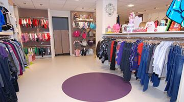 retail vloer-kledingzaak